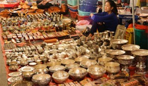 mercato notturno luang prabang tuttolaos