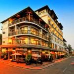 Prenota un albergo in Laos