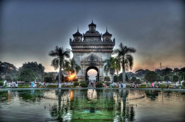 Laos: turismo e storia