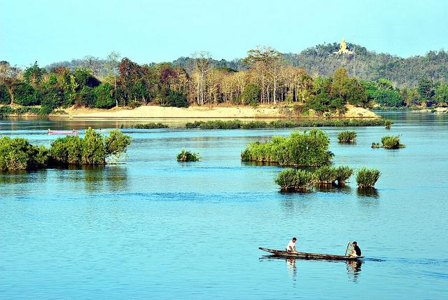 Cosa fare e dove andare per divertirsi in laos - Cosa fare per andare in bagno ...