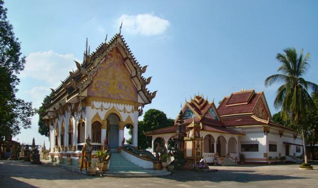 La provincia di Khammouane tra avventura e copie di Disneyland