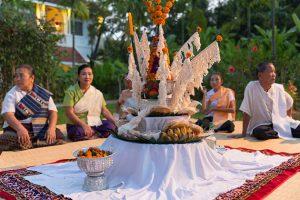 cerimonia del baci cultura del laos