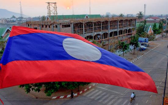 La crescita economica del Laos, positiva o negativa?