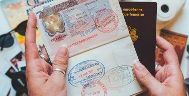 il Laos introduce il visto elettronico