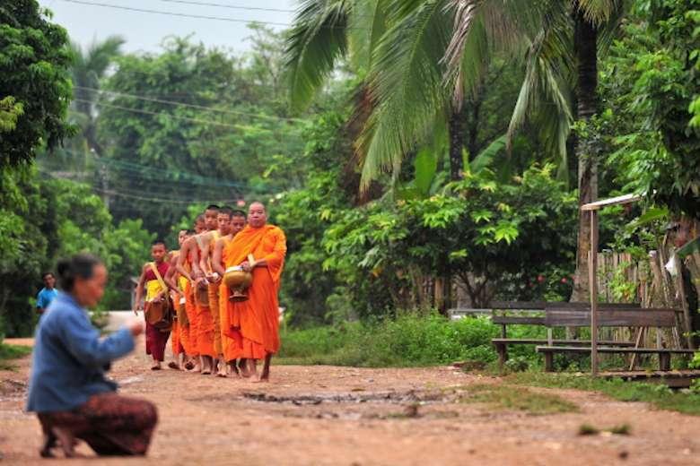 Due libri sul Laos per capirlo attraverso le immagini