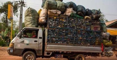 laos e il problema dello smatimento dei rifiuti